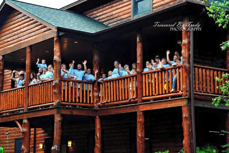 White's Wildwood Retreat Family Reunion