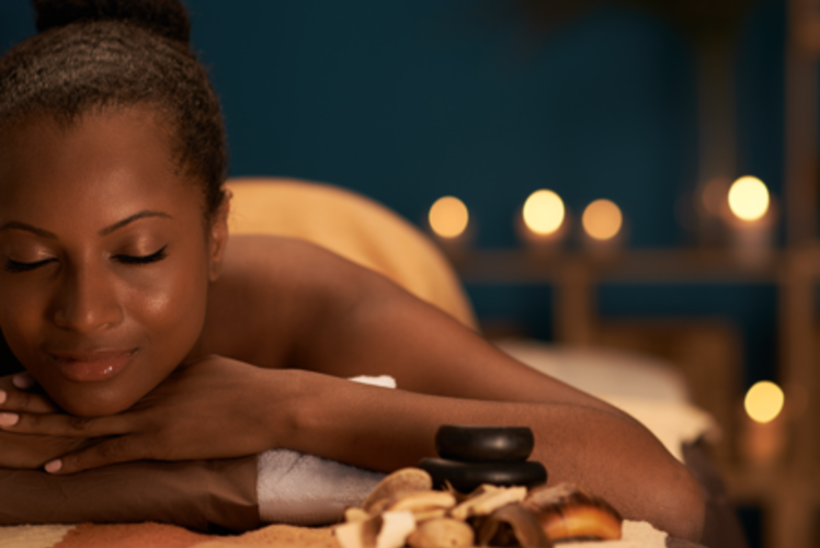 Nicole's Salon: woman getting a spa treatment