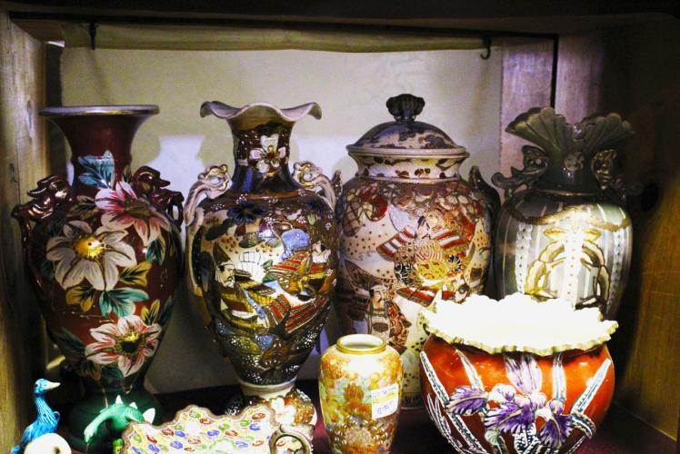 Antique Emporium Antiques in Eau Claire, WI