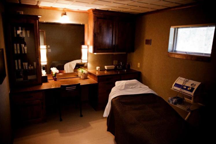Enza Treatment Room