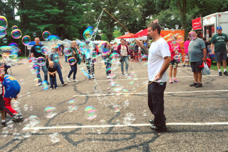 Festival in the Pines - Bubbles