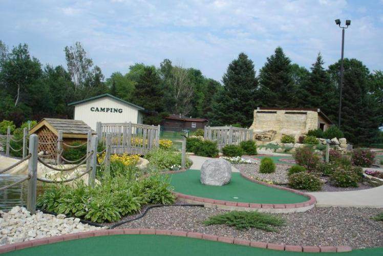 Stoney Creek Mini Golf