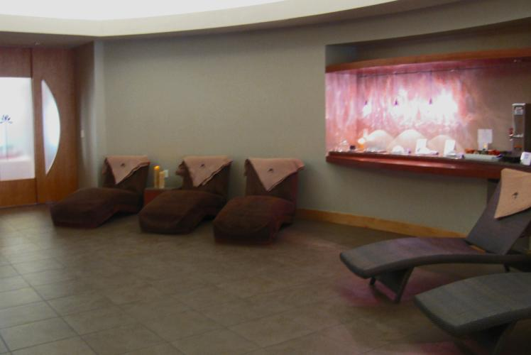 Lotus Spa tea and refreshments in Eau Claire, WI
