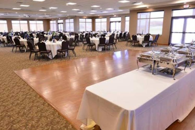 Wild Ridge Golf Course Banquet Set up