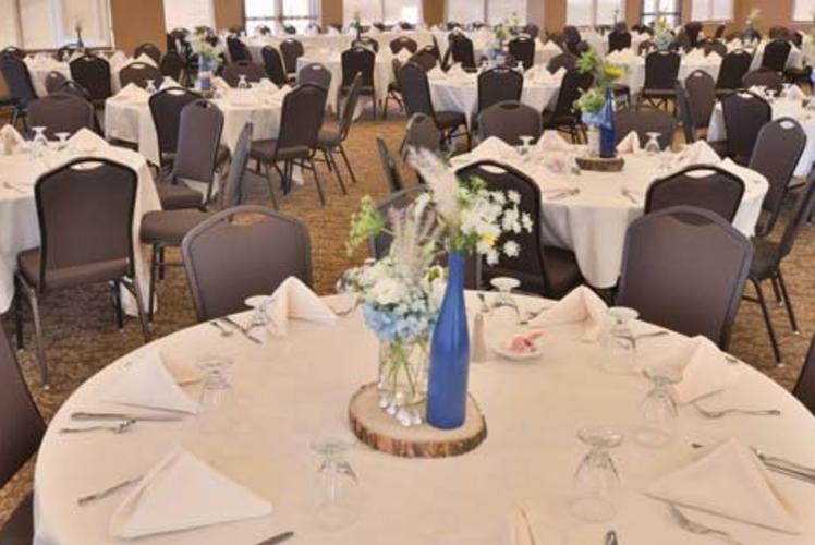 Wild Ridge Golf Course Banquet Table Set up
