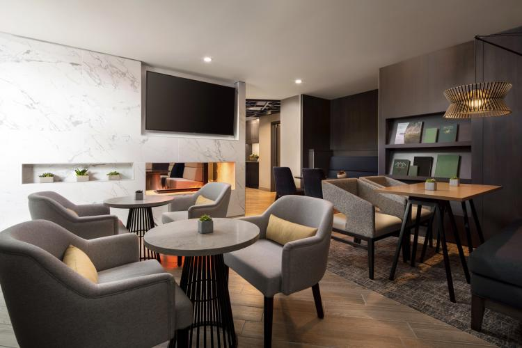 Marriott Vancouver Airport M Club Lounge