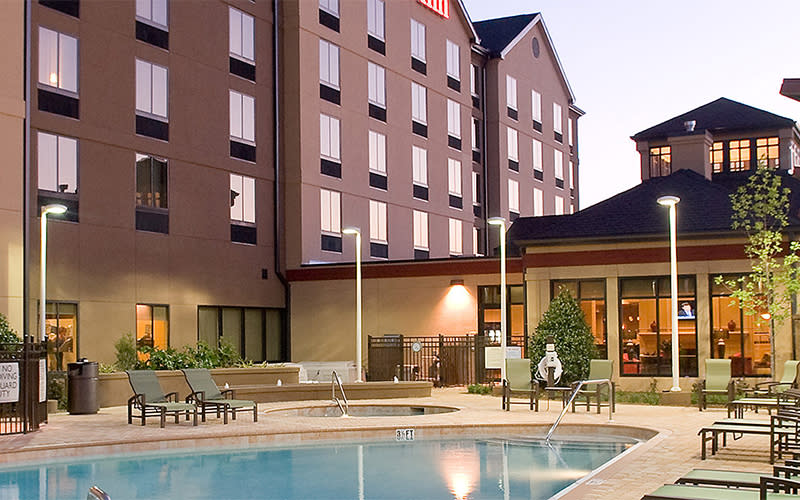 Hotels Uptown/Airport Area