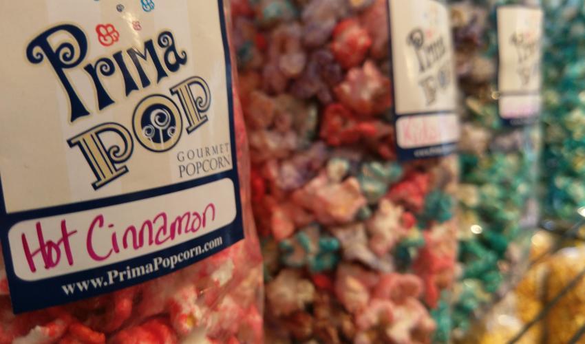 prima-pop-victor-interior-popcorn-closeup-kids-flavors