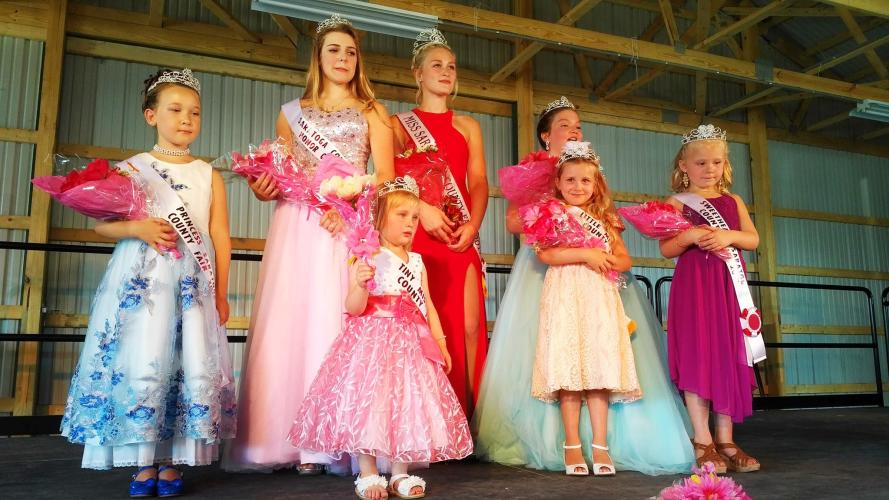 Saratoga Co. Fair beauty pageant contestants posting for a photo