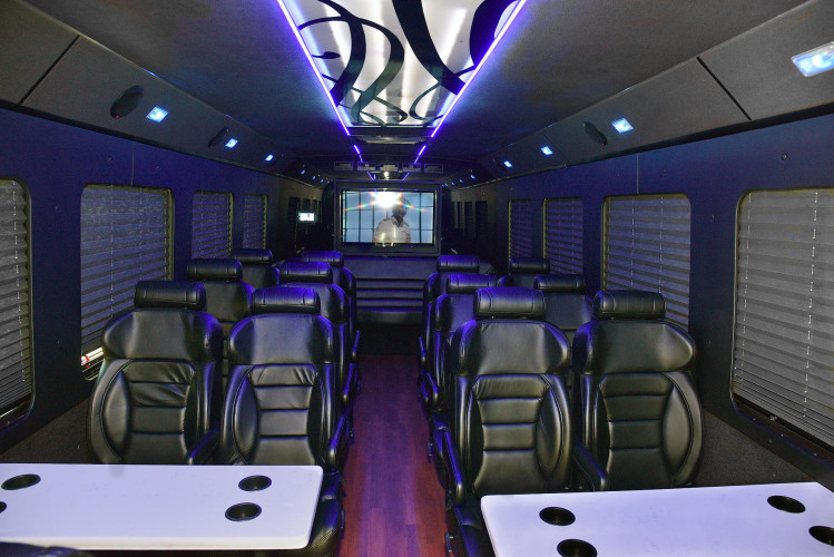 Executive Limo Buses