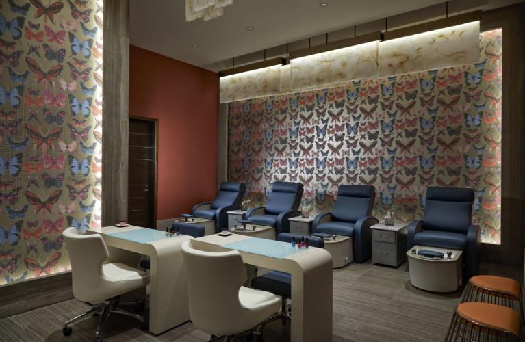Rock Spa & Salon, Maniure & Pedicure