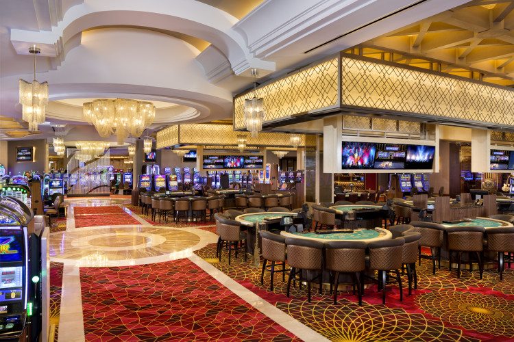 Mezzanine Level Casino: Table Games/Slots