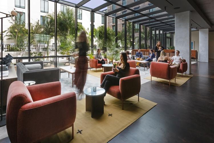 Flor Fina Lounge Seating