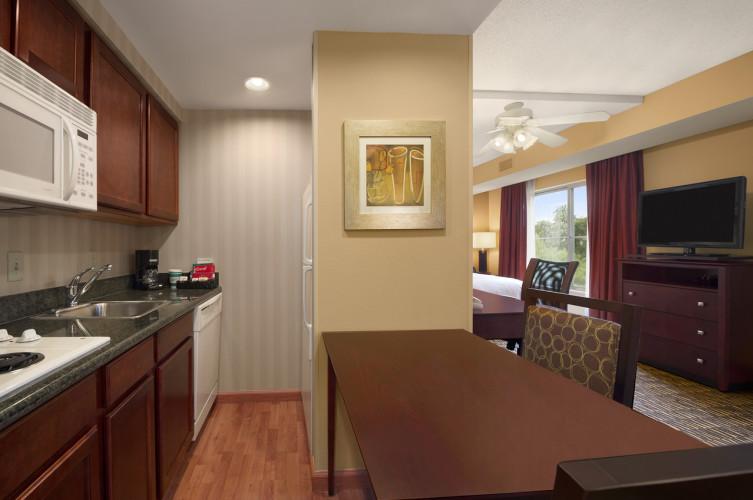 Kitchen Homewood Suites Hotel In Brandon