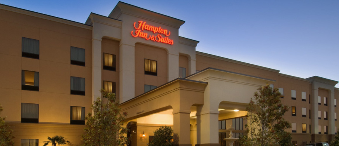 Hampton Inn and Suites Tampa East