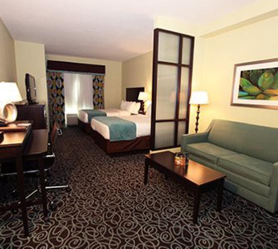 Comfort Suites Casino Image 3