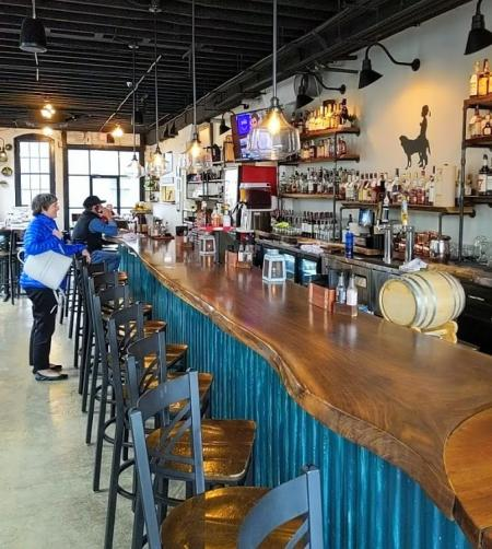 photo of bar at libby's southern comfort in covington ky