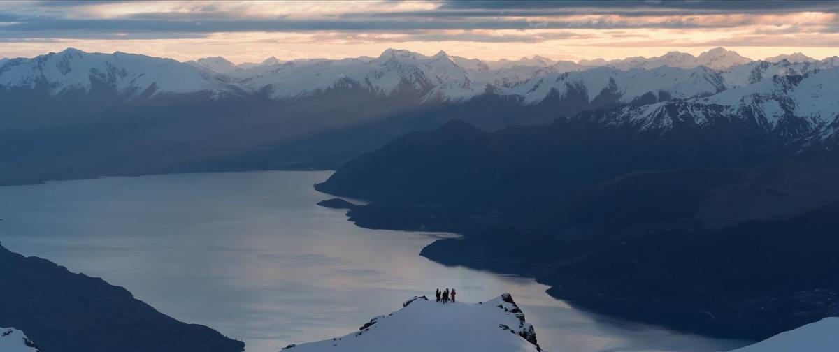 Welcome to winter ski lake views
