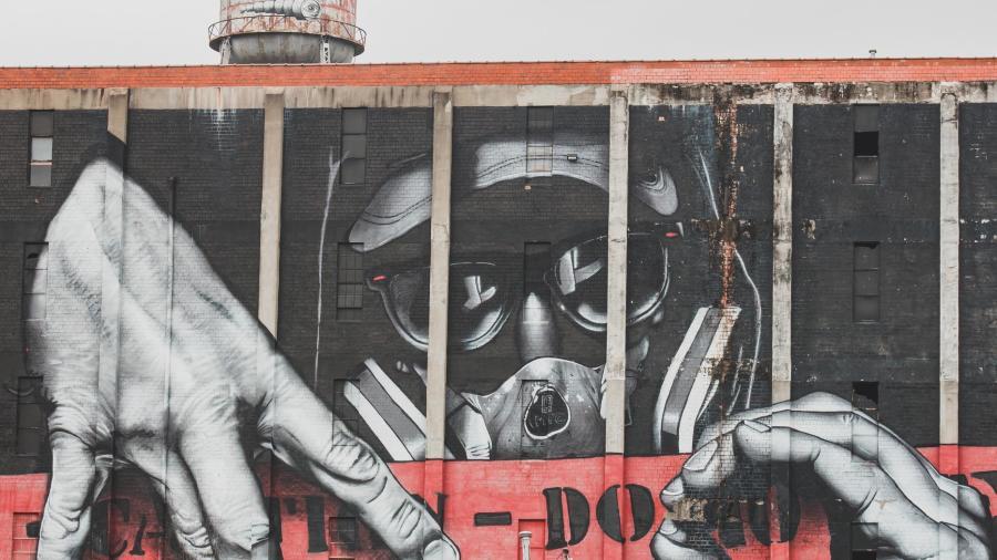 Joelle-Riding-Murals-of-Lexington-story-6sm