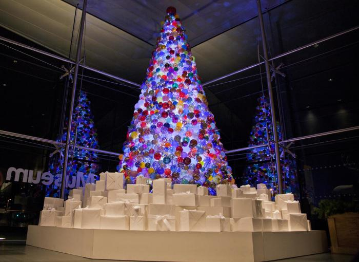 Corning Museum of Glass Holiday Open House