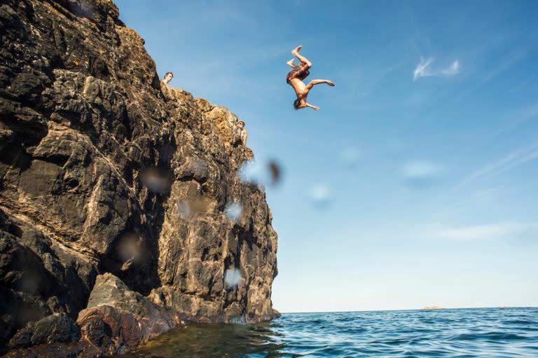 Blackrocks diving