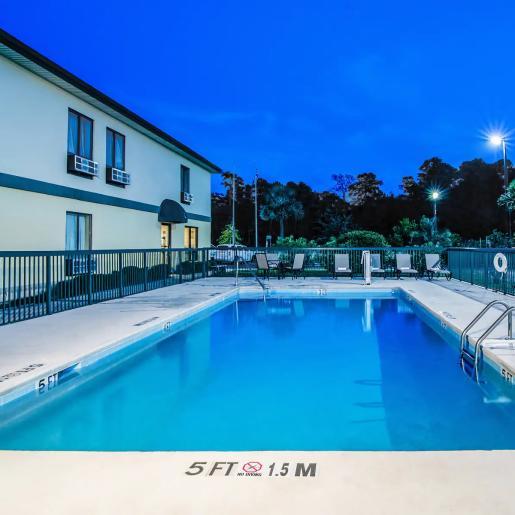 baymont pool