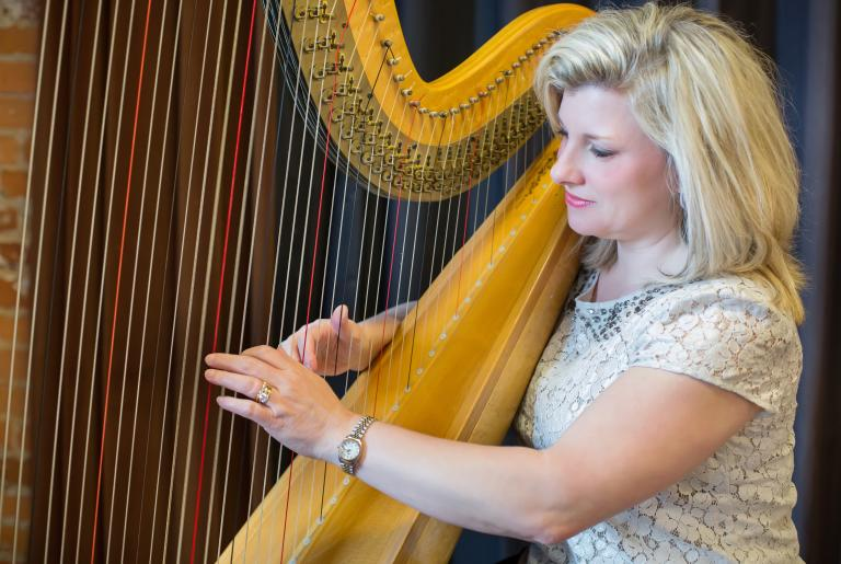 Carrie Scruggs, Harpist