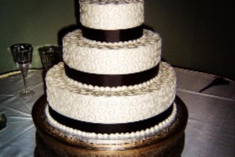 Cecilia Villaveces Cakes logo
