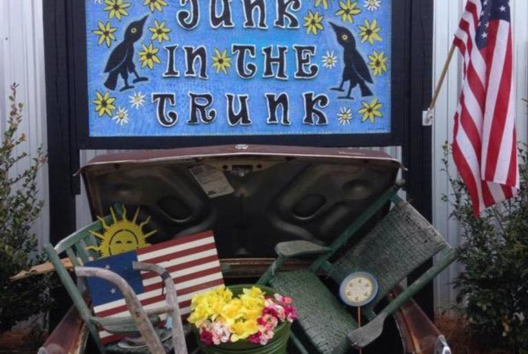 junk-in-the-trunk-logo