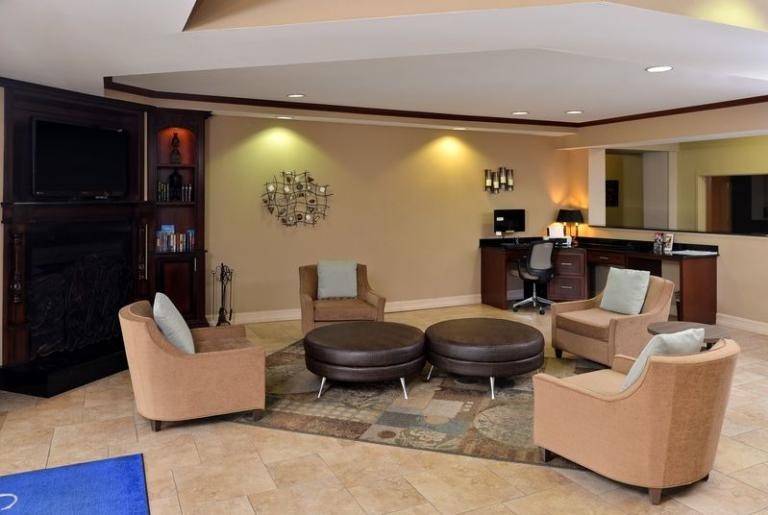 Candlewood Suites Athens Georgia Lobby and Business Center