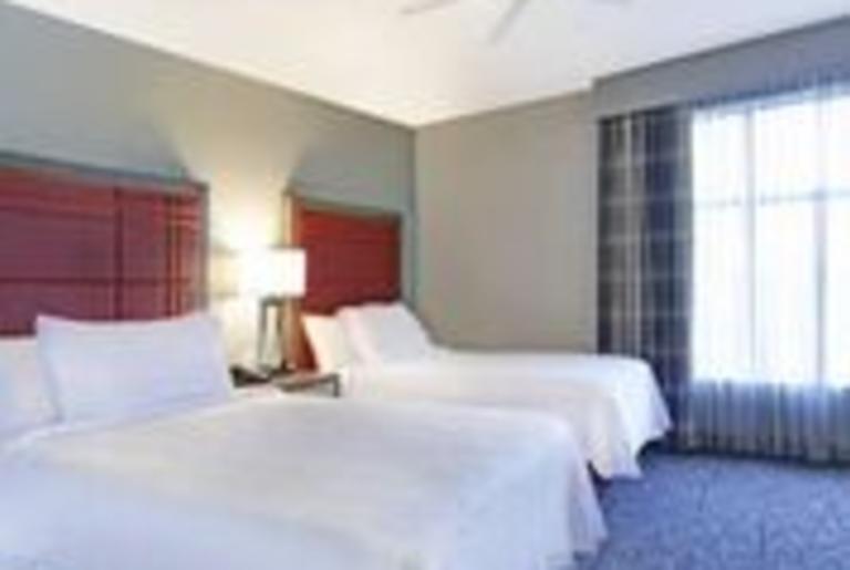 2 Queens Bedrooms