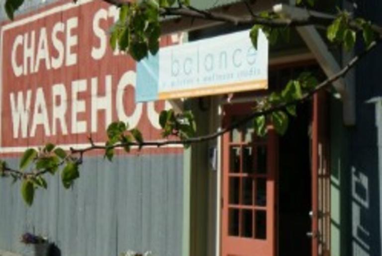 balance pilates logo