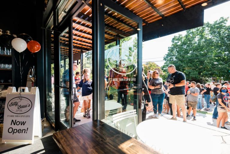 Bitty & Beau's Athens grand opening