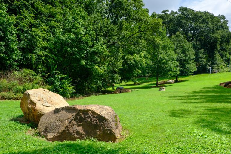Dudley Park Boulders