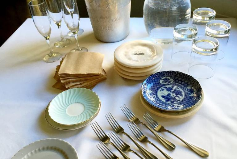 champagne and plates