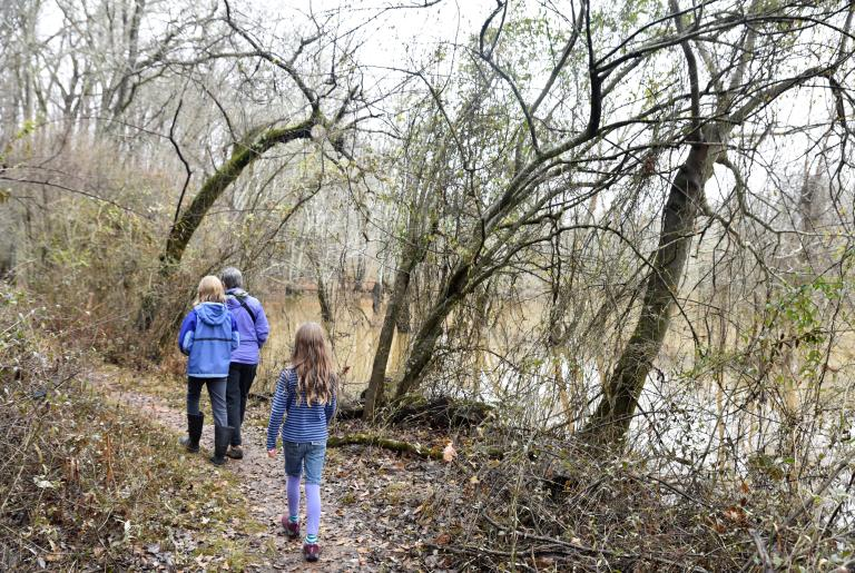 Sandy Creek Nature Center Trail family hike
