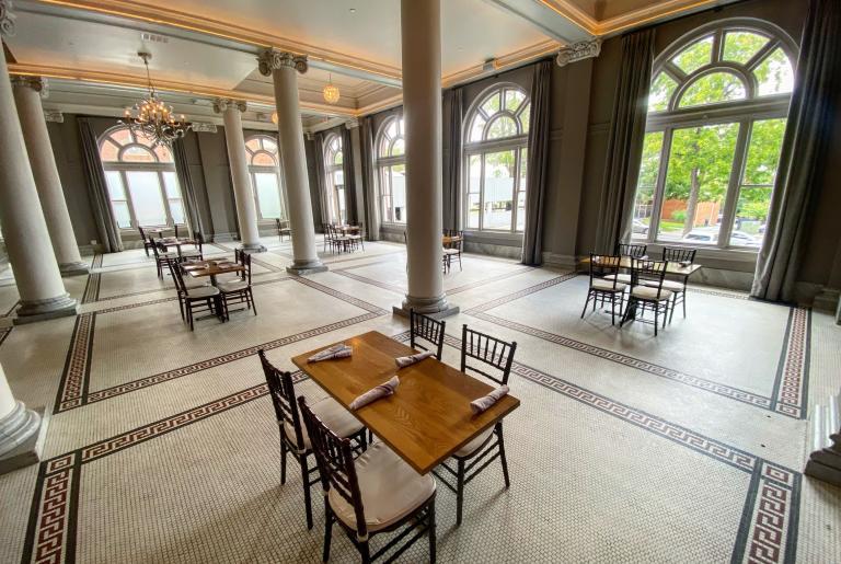 South Georgian distanced dining room