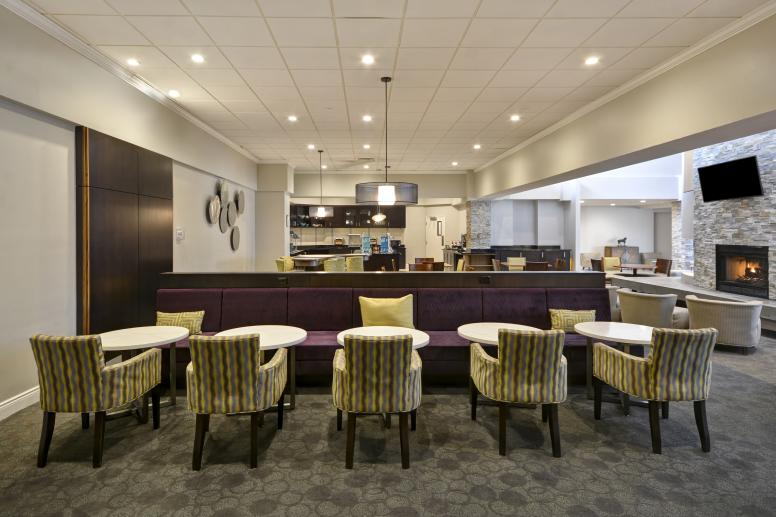 BREAKFAST_SEATING Homewood Suites by Hilton Indianapolis/Carmel