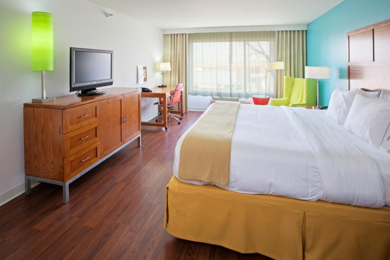 HIEX_Fishers_Room_216_1 Holiday Inn Express Fishers