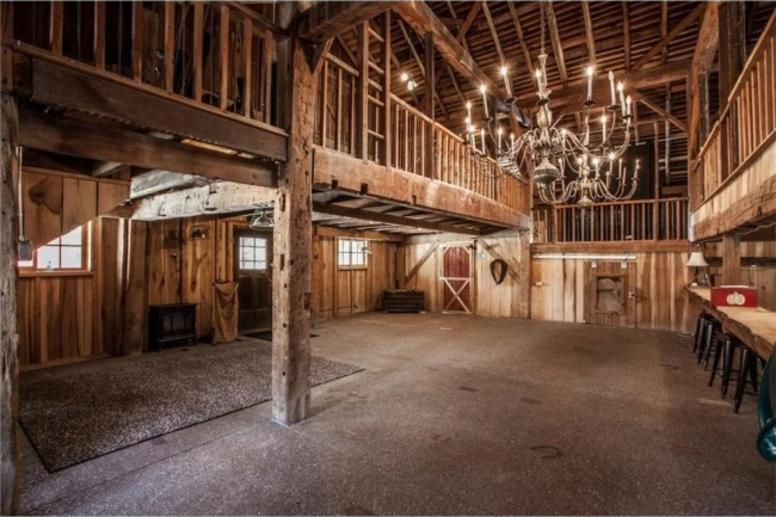 Big Hoffa's Barn