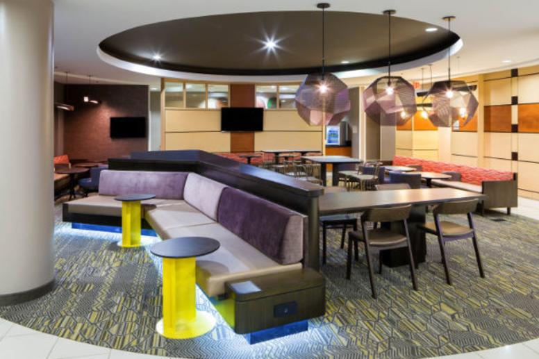Springhill Suites Fishers Lobby