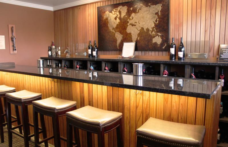 Russian Ridge Wine Bar