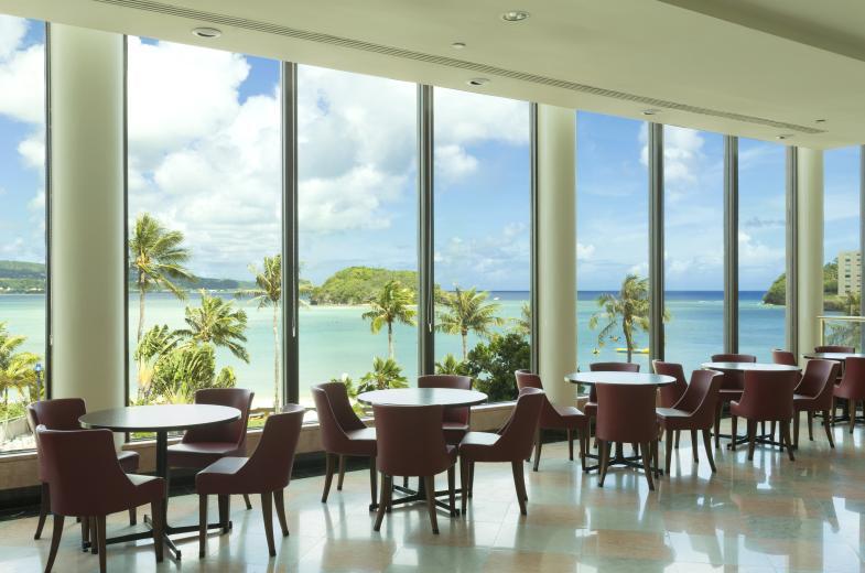 2021 Dining Interior