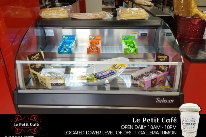 La Petit Cafe pic 6