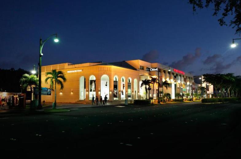Tumon Sands Plaza 1