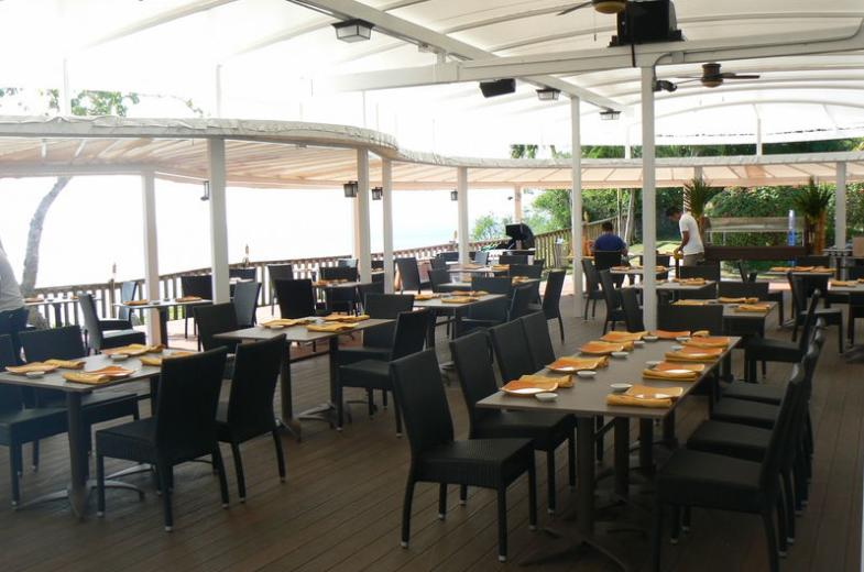Bayside BBQ Main Dining Area