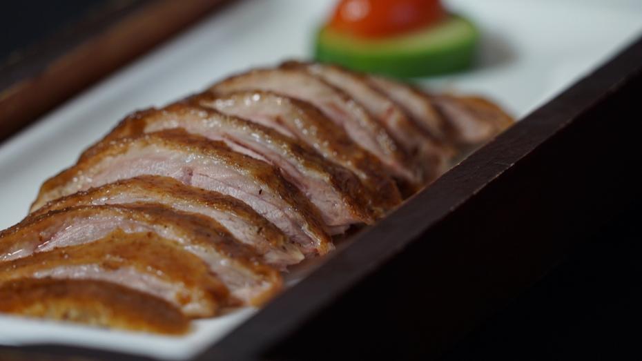 Beijing Roast Duck DIne OutSide
