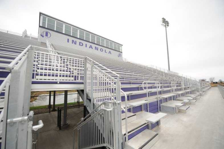 INDIANOLA COMMUNITY SCHOOL DISTRICT - Football Bleachers - 7