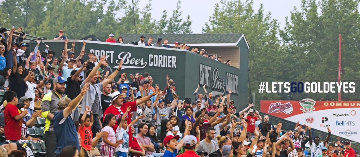 Winnipeg Goldeyes_crowd