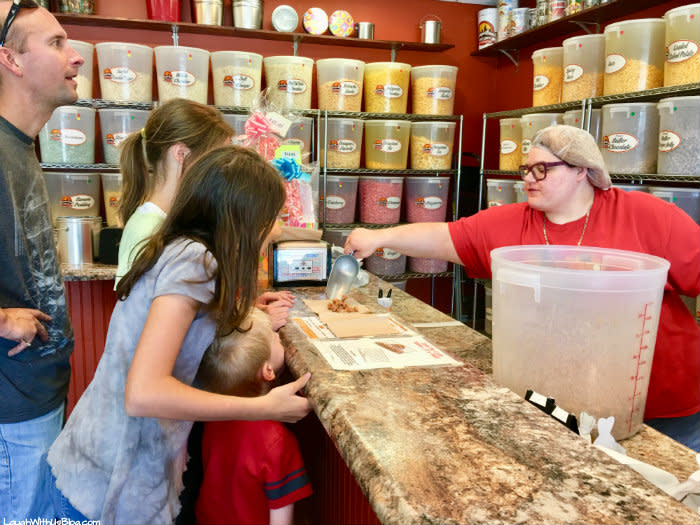 ChicagoLand Popcorn free samples for family